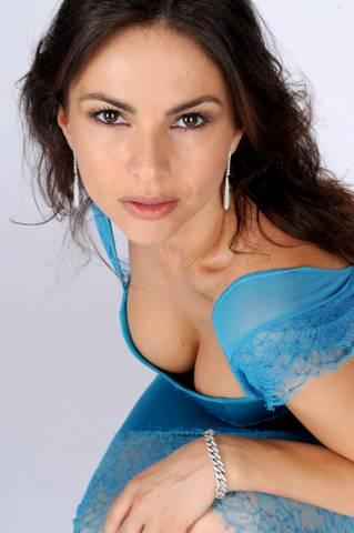 La Craiova, Ramona Badescu a fost rasfatata de mama ei cu bunatati