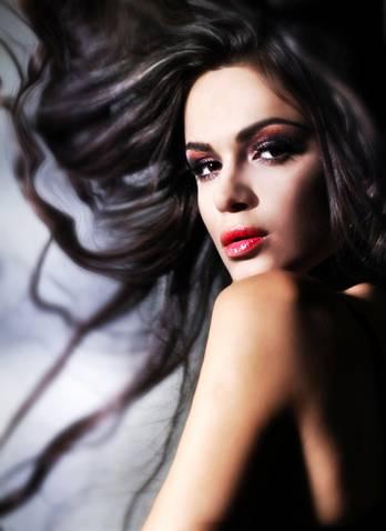 Videoclip Nou: Ruxandra Bar – My Heart Is Bleeding