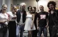 Viky Red a dat buzna in studioul Pro FM