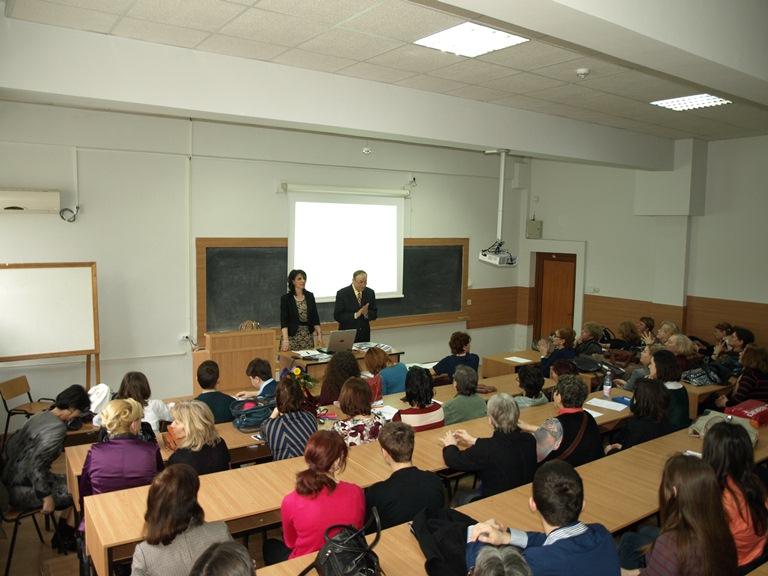 """La Universitatea """"Ovidius"""" din Constanța, a avut loc  Ședinţa Societății de Chimie din România, filiala Constanța"""