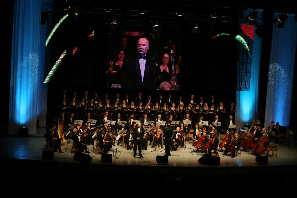 """Maestrul Tudor Gheorghe continua traditia concertului """"Degeaba"""""""