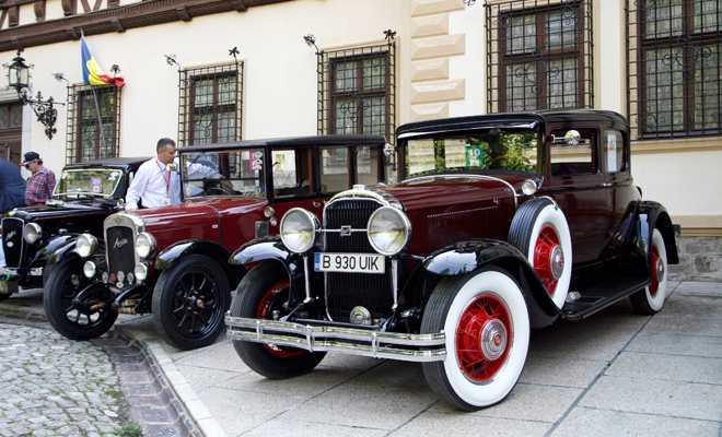 Topul celor mai extravagante mașini scoase la vânzare în 2013 pe Autovit.ro