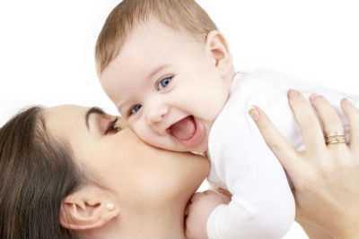 Vezi ce venituri suplimentare pot obtine mamele