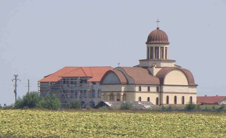 Pe 25 ianuarie își va serba Hramul Mănăstirea