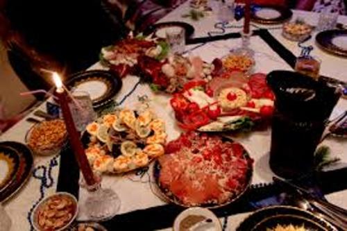 Recomandările nutriționiștilor după masa de Craciun