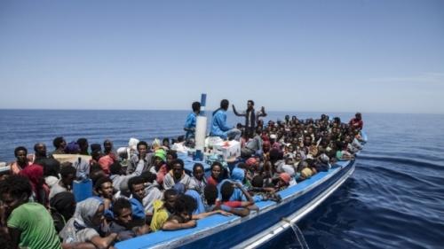Peste 1 milion de migranti si refugiati veniti in Europa in 2015