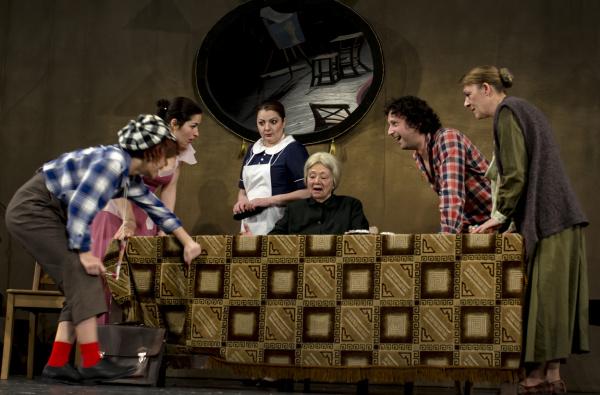 Trei comedii ne așteaptă la Teatrul de Stat Constanța