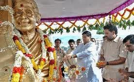 Statue of MS in Tirupathi