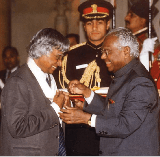 APJ Receiving Bharat Ratna Award