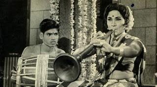 Thillaanaa Mohanaambaal