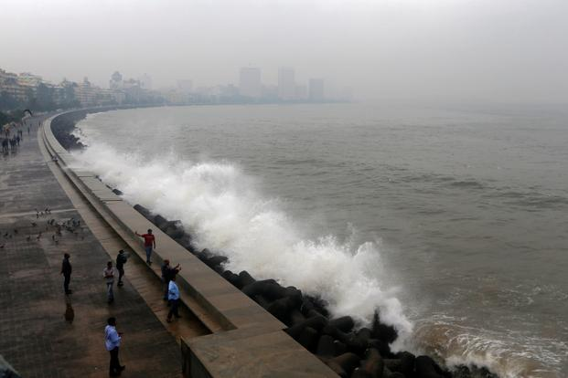Cyclone Ockhi pic