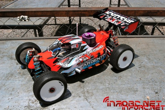 elliot-boots-kyosho-mp9