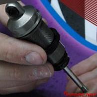 Montar amortiguadores a prueba de fugas y con ajuste de rebote, por Ty Tessmann