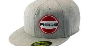 Nueva gorra Flexfit de Reds Racing