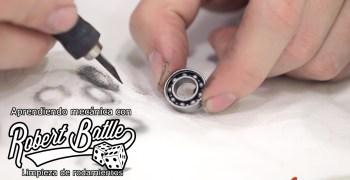 Tutorial por Robert Batlle – Cómo preparar los rodamientos de un coche RC. Info extra en el texto (english subs)