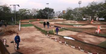 Video y fotos - Estado del circuito y vueltas con los primeros en rodar tras las lluvias