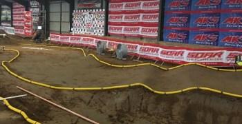 Neo 17, comienza la carrera indoor organizada por Neobuggy. Fotos y análisis del trazado.