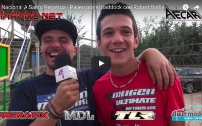 Video - Paseo por el paddock con Robert Batlle