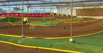 Crónica - Inauguración circuito Indoor RC La Jara