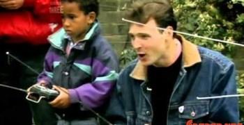 Video: Lewis Hamilton en su infancia, dándole a los coches radiocontrol