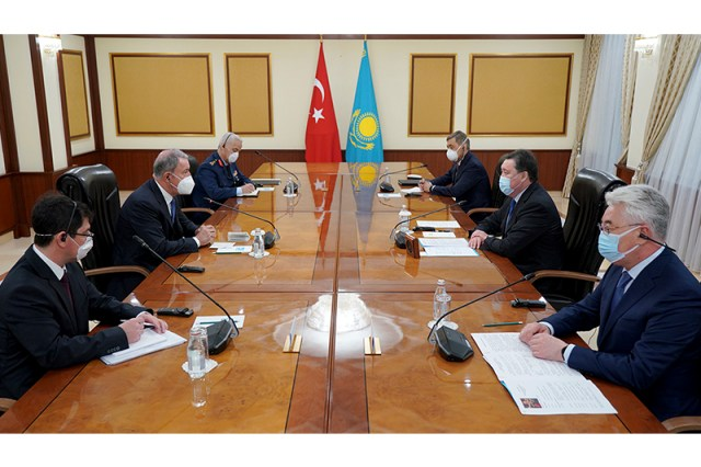 Kazakh PM meets with Turkish Defense Minister
