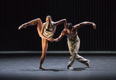 NDT2 in <em>Gods and Dogs</em>, coreografia di Jiří Kylián, 2008
