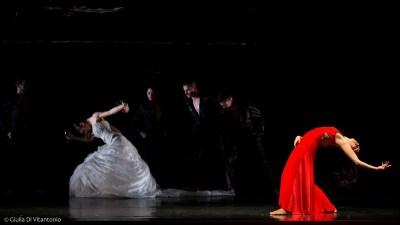 traviata_teatro-menotti_ph-giulia-di-vitantonio_03