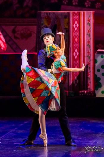 lo-schiaccianoci-_-foto-credit-massimo-danza-d4md0226