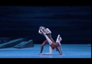 Anna Nikulina e Mikhail Lobukhin nell'Adagio di <em>Spartacus</em>