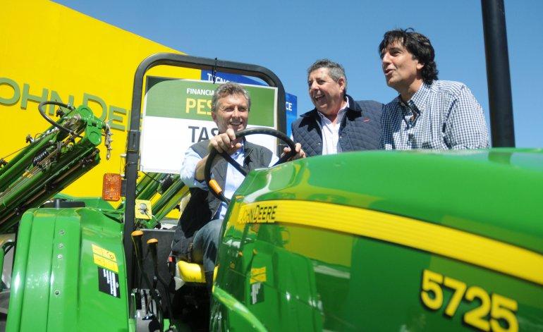 macri_tractor
