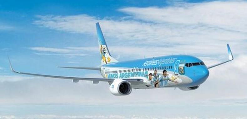 Aerolineas-Argentinas-trasladara-Seleccion-Brasil_CLAIMA20140530_0370_4