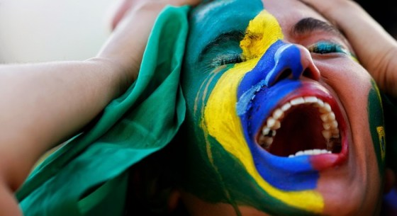 brazilian-lady-crying-770x420