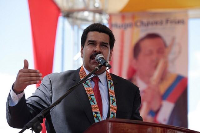 Maduro en su hora más difícil