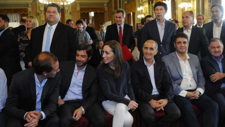 Vidal con intendentes