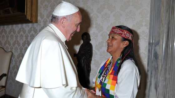 papa-milagro-sala-vaticano
