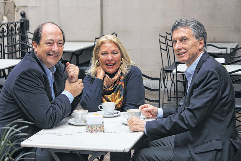 sanz-carrio-macri-cafe