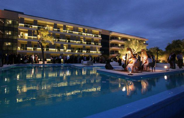 2-Hotel-De-La-Sota