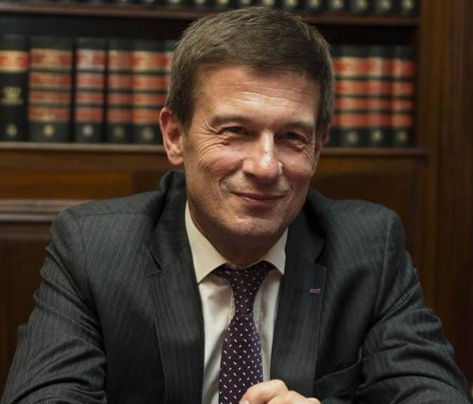 El Juez Ercolini debe investigar Hotesur
