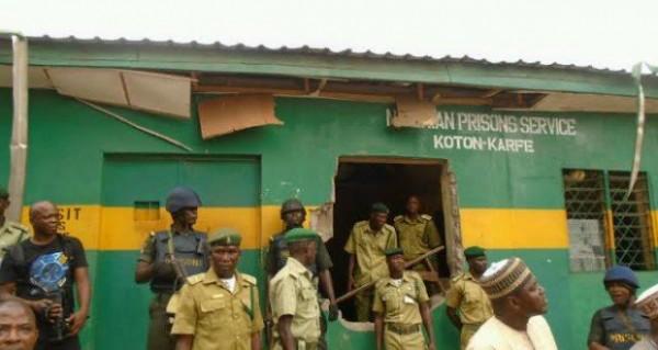 koton karfe prisons