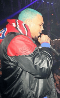 Chris Brown Changes Hair Color To Blue - INFORMATION NIGERIA