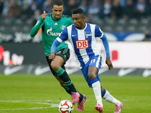 Solomon Kalou Could Be Fined for Defacing the Berlin Wall. Image: Getty.