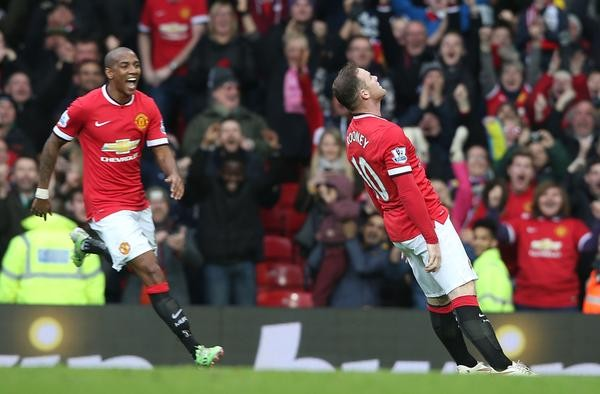 Rooney Falls Flat to the Ground While Celebrating Scoring Against Tottenham Hotspur at Old Trafford. Image: Getty.