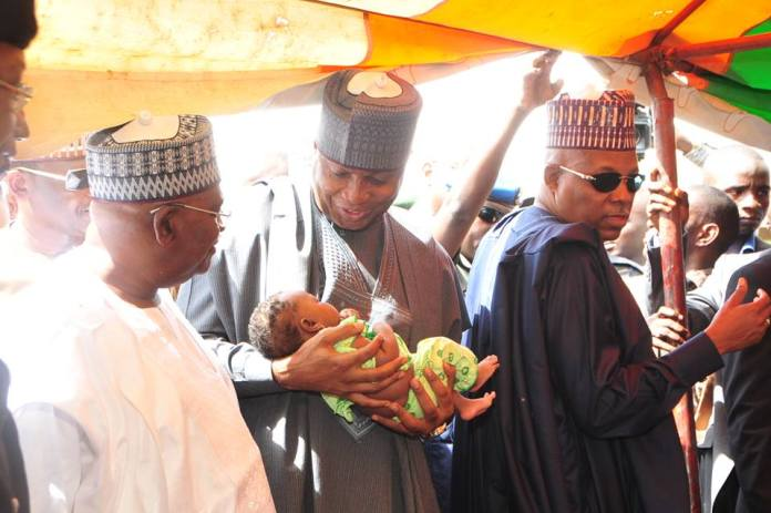 Saraki at IDP camp