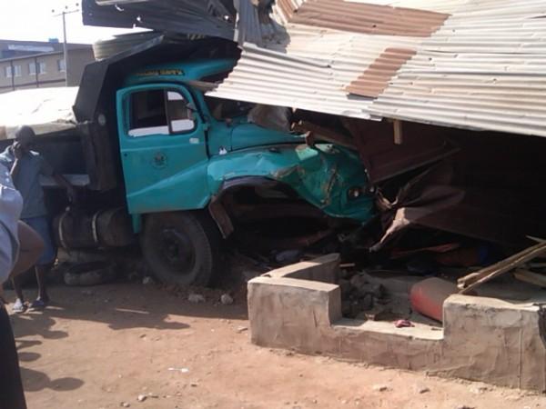 truck_accident_671