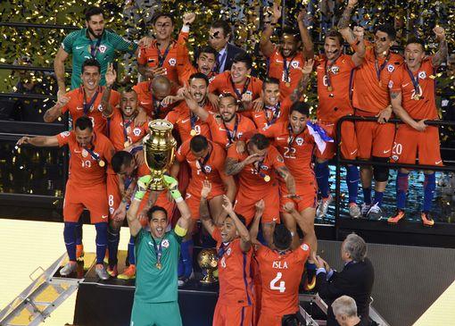 Chile-win-the-Copa-America-Centenario-final