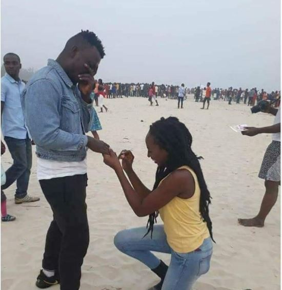 Nigerian Man Rejects Marriage Proposal From His Warri: Buzzing Today: Nigerian Woman Inconsolable After Boyfriend