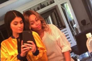 Blac Chyna follows Kylie Jenner's babydaddy on IG, after Kylie liked a comment that slammed her new s3x tape (screenshots)