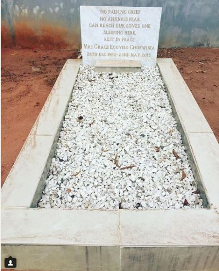 Chioma Chukwuka Shares Photo Of Her Mother's Grave