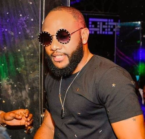 Instagram Blogger Claims Singer, Kcee Is Romantically Involved With Two Women (Picture)