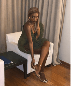 3 19 - Beverly Osu releases stunning new images of herself in cleavage-baring piece